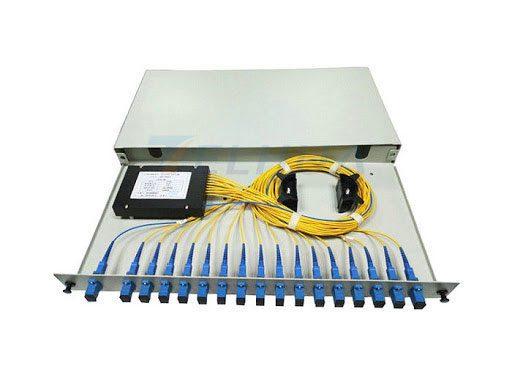 19-Inch-Rack-Mounted-Fibre-Optic-Splitter-Box-With-SC-APC-PLC-Fiber-Splitter-1